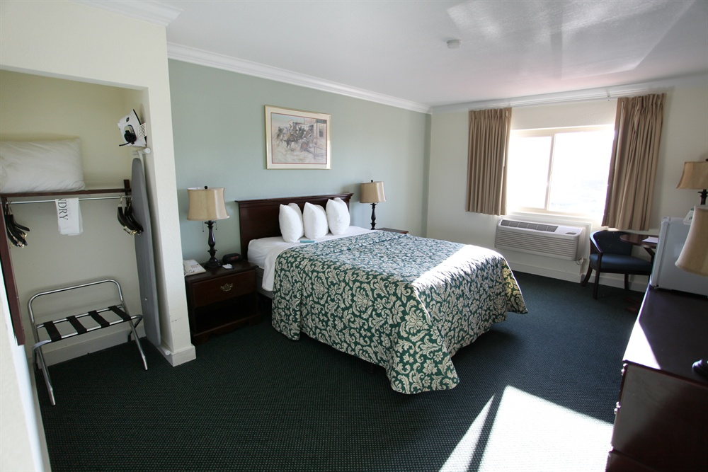 Hotel Room with Queen-Size Bed