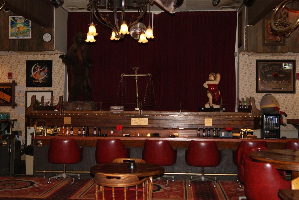 Bar at Tonopah Station Hotel and Casino