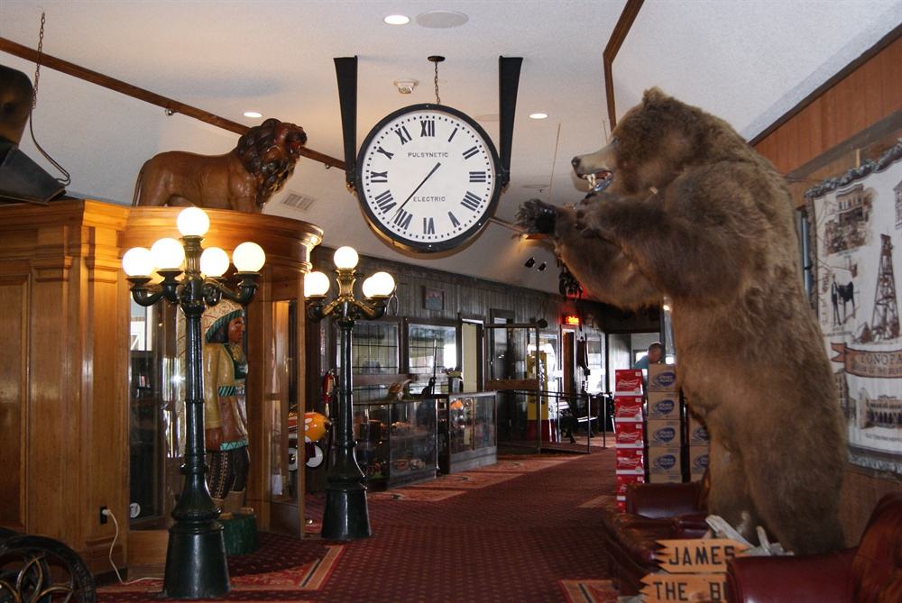 Clocks and Western Collectibles